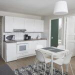 Familyroom kitchen